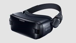 The virtual reality set